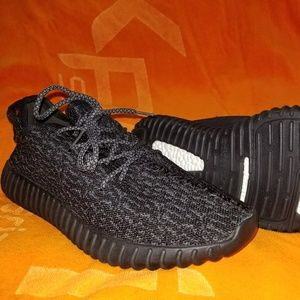 Pirate black Adidas yeezy 350